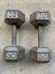 Lot Of 2 30 LB DUMBBELLS  CAST IRON SINGLE HEX FREE WEIGHT 60 LBS TOTAL ARM CURL