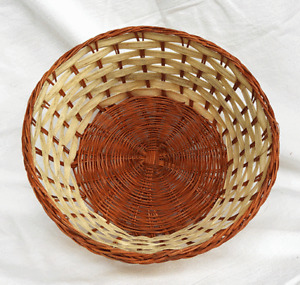 Hand Woven Rattan & Straw Basket - Ideal for Gifts, Treats Etc. - BNWT
