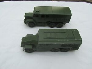 Dinky toys-military : Medium Artillery Tractor and Armoured Command vehicle