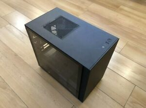 NZXT H210 (noir) - Boîtier Mini ITX - Neuf
