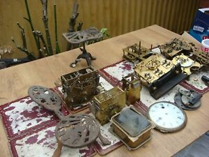 Antique  Clock  Movement ,  Movement For Mantle  Clock For Spare Or Repair