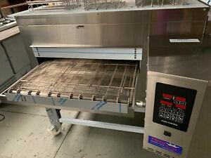 "Pizza King Oven, Pizza Shop Package, 26"" Belt, 2 Years Warranty"