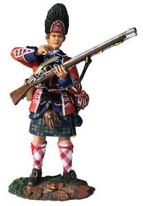 W Britain 16056 42nd Royal Highland Reg Grenadier Standing Tearing Cartridge