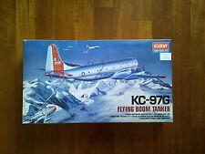 ACADEMY 1:72 KC-97G FLYING BOOM TANKER MODEL KIT AEREO  ENORME!!
