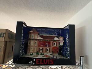 Elvis Presley Heartbreak Hotel Illuminated Musical Porcelain Christmas Village