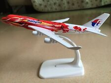 MALAYSIA B-747-400 Passenger Airplane Alloy Plane Metal Diecast Model Collection