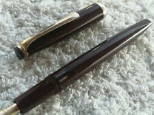 Vintage Reform Triangular Burgundy Fountain pen 14k 585 Gold Flex nib Excellent