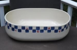 """Hartstone Pottery 13"""" Oval Casserole Dish Baker Blue Checkered Apples EXC"""