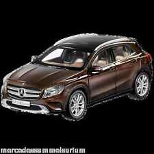 Mercedes Benz X 156 GLA Klasse Orient Braun 1:18 Neu OVP