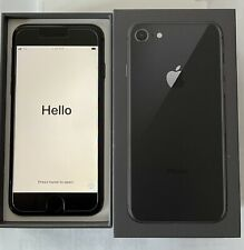 IPhone 8 64GB (Sprint) UNLOCKED Excellent Condition Clean SMS No Contract BUNDLE