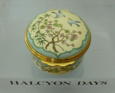 More details for halcyon days 15thc chinese design - bluebirds & blossom enamel box - >1 5/8