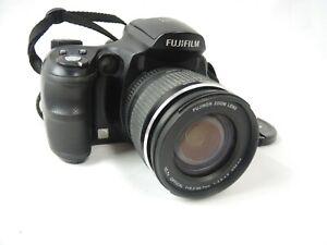 FUJIFILM S6000 Fd DIGITAL CAMERA 28-300mm 6.3megapixel 10.7x Optical Zoom