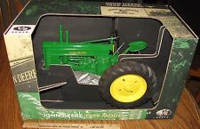 John Deere 1939 Model B Tractor Narrow 1/8 Scale Models Toy Sandcast Metal HUGE!