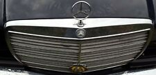 MERCEDES E280 W123 FRONT GRILL WITH CLASSIC AA BADGE