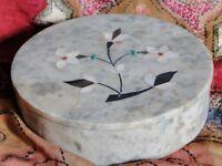 Boîte ethnique indien en marbre Pietra Dura Bijoux Fait à la main en Inde N5