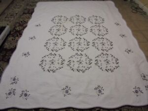 Nice White w/Purple Embroidered Flowers Quilt