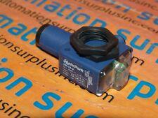 SCHNEIDER ELECTRIC HYDE PARK VM1-VA-Q DUAL MOUNT ULTRASONIC SENSOR ANALOG NEW!!