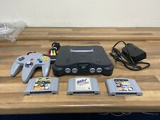 Nintendo 64 N64 With Three Games And Controller
