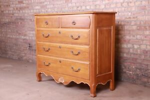 Ethan Allen French Provincial Louis XV Solid Maple Chest of Drawers