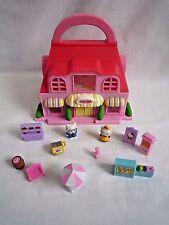 Hello Kitty Sweet Shop con maniglia per il trasporto 2 figure e accessori