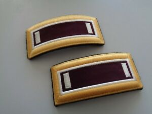 (A25-U) US Rangabzeichen Shoulder Straps Blue Dress First Lieutenant Medical
