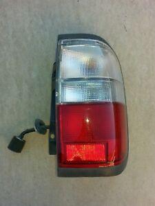 1997-00 Infiniti QX4 Right RR Passenger's Side Tail Brake Light Lamp QTR MTD