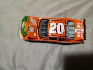 Tony Stewart #20 Peanuts It's The Great Pumpkin 2002 Grand Prix Elite 1:24