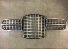 FACEL-VEGA Excellence Front Grill Set