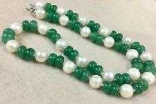 """Naturally white cultured pearls & Green Jade Necklace 18"""" 925 silver clasp"""