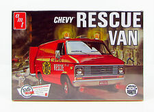 1975 Chevy Rescue Van Amt 812 1/25 White New Plastic Model Truck Kit