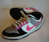 NIKE WOMENS SHOE FABRIC LEATHER AND VELVET SIZE 8.5 BLACK GRAY HOT PINK SWOOSH