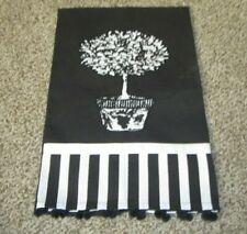 New listing Mainstreet Collection Appliquéd Guest Tea Towel