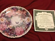 "Lena Liu ""Circle of Love"" 1st Issue Plate in the Floral Greetings Collection Coa"