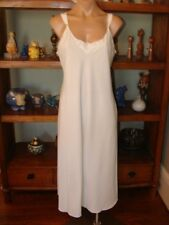 "Ladies/Women's Vintage Vanity Fair Mid Length Nightgown - Bust to 36"" - White"