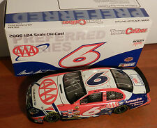2006 MARK MARTIN #6 AAA INSURANCE 1/24 SIGNED action diecast car  ROUSH RACING