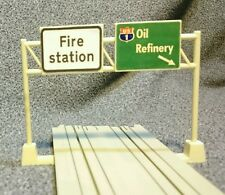 Tyco US-1 Electric Trucking Fire Station Highway Sign slot car track accessory