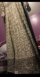 STUNNING SILVER PARTY/ENGAGEMENT PAKISTANI/INDIAN DRESS. Size S-M
