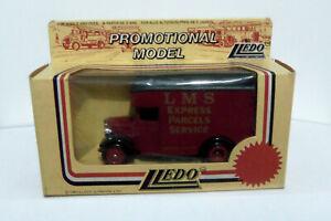 LLEDO PROMOTIONAL MODEL 1934 DENNIS PARCELS VAN LP16 023A - L.M.S. Parcels