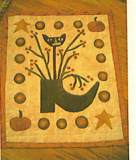 PRIMITIVE PENNY RUG PATTERN ~ THE WITCH'S SHOE