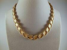 Vintage Crown Trifari Brushed & Polished Rope Edge Goldtone Link Choker Necklace