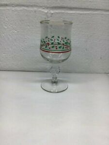 HOLLY & BERRIES WATER GLASSE, WITH BOW ON THE STEM