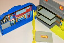Hot Wheels Folding Playset Park Hotel Garage Carry Case Fold Up Portable Mattel