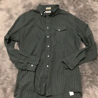Vintage MADE IN USA MAINE 17 1/2-36 LL Bean Men Green Plaid Button Shirt M