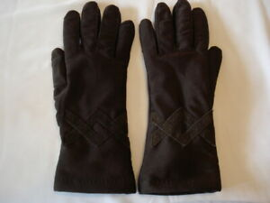 Vintage Womens Isotoner Thinsulate Leather Trim Driving Gloves Brown Shimmer