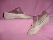 GIRLS Light Pink Leather Ballet Slippers / Shoes by Capezio Teknik 4D    NEW