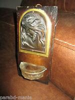 Ancien benitier-Art déco-visage du christ en cuivre repoussé-verre ciselé