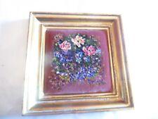 Huile sur velours dans un cadre de bois doré – bouquet de fleurs – traces d'usag