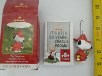 Hallmark Keepsake Christmas 2000 Ornament Snoopy The Detective w Woodstock