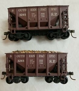 (2) ROUNDHOUSE HO 21' ORE CAR S.P. #3245 w/LOADS - ASSEMBLED w/ KNUCKLE COUPLERS