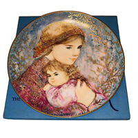 "Collector Plate Edna Hibel Mother's Day Plate 1986 ""Emily and Jennifer"""